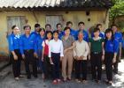 Chi đoàn Trường Chính trị Nguyễn Văn Cừ tặng 6 suất quà cho hộ nghèo và học sinh vượt khó