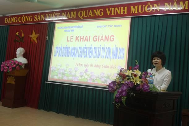 Khai giảng Lớp Bồi dưỡng ngạch Chuyên viên thị xã Từ Sơn, năm 2019