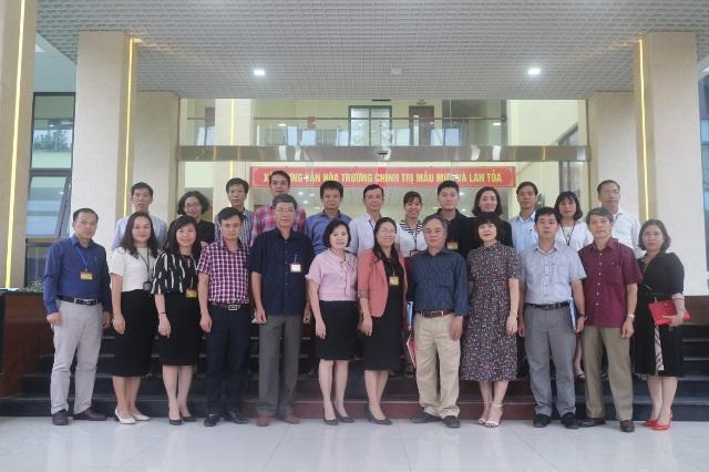Hội thảo Chương trình bồi dưỡng kiến thức, kỹ năng lãnh đạo, quản lý cấp xã