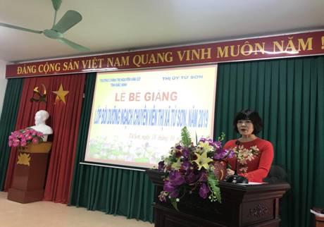 Lễ Bế giảng Lớp bồi dưỡng ngạch chuyên viên thị xã Từ Sơn, năm 2019